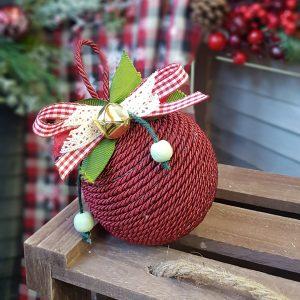χειροποίητη χριστουγεννιάτικη μπάλα κόκκινη