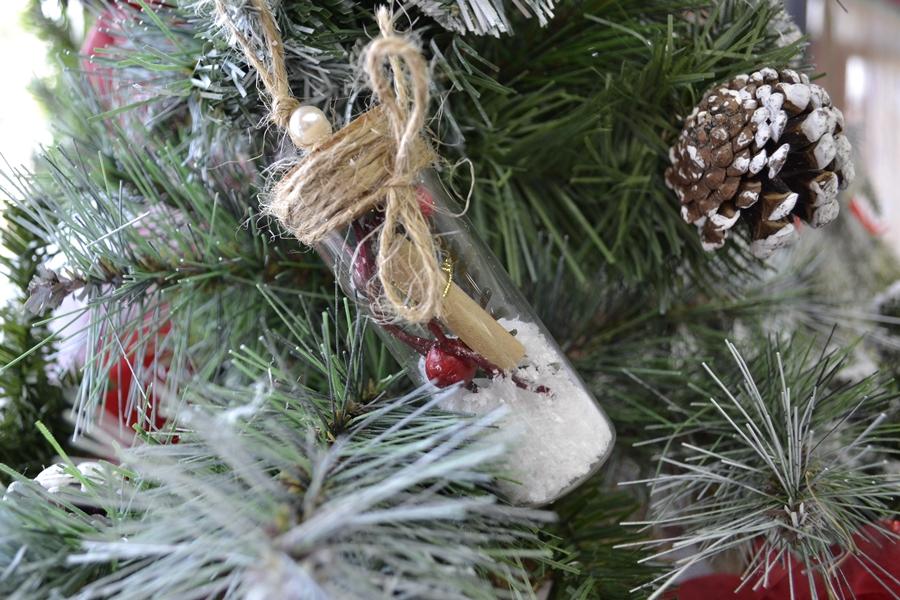 Χριστουγεννιάτικα στολίδια χειροποίητα