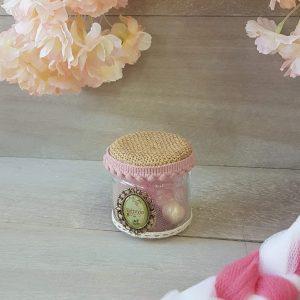 Βαζάκι με διακοσμητικό καμέο και ροζ τρέσσα