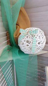 Διακοσμητική μπάλα μπαμπού με ριγέ βεραμάν κορδέλα