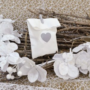 ad30179fa081 Vintage Γάμος σε λευκό και γκρι - ΓΑΜΟΣ και Μπομπονιέρες