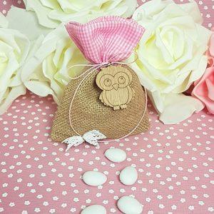 Μπομπονιέρα κουκοθβάγια για κορίτσι με πουγκί λινάτσας, ροζ κορδόνι και ξύλινη κουκουβάγια
