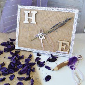 Βιβλιό ευχών λεβάντα διακοσμημενο με λινάτσα, λεβάντα, δαντέλα και ξύλινα γράμματα