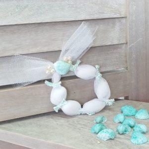 Μπομπονιέρες γάμου με θέμα θάλασσα: τούλινη μπομπονιέρα στεφανάκι