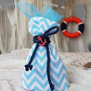 θέμα βάπτισης αγόρι ναυτικό: μπομπονιέρα με γαλάζιο πουγκί