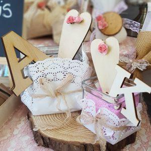 στολισμός γάμου vintage: ιδέες για διακόσμηση με ξύλινα γράμματα