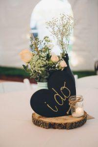 Μαυροπίνακας καρδιά για διακόσμηση τραπεζιού γάμου