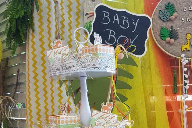 baby shower διακόσμηση, τουρτιέρα με δωράκια