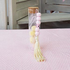 μπομπονιέρα γυάλινος σωλήνας με χρωματιστά κουφέτα