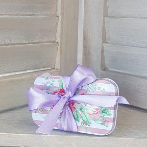 Μεταλλικό κουτάκι με ρομαντικό σχέδιο για δωράκια για πάρτυ