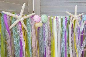 Χρωματιστή γιρλάντα με κορδέλες για παρτυ