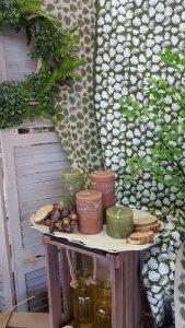 Σύνθεση με φθινοπωρινά κεριά για διακόσμηση σπιτιού