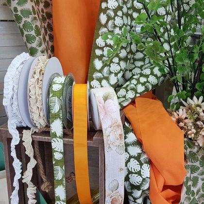 Κορδέλες σε φθινοπωρινά χρώματα για διακόσμηση σπιτιού