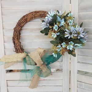 DIY στεφάνι φθινοπωρινό σε αποχρώσεις της άμμου, του πράσινου και του μπλε