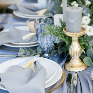 Γάμος 2020: ιδέα για συνδυασμό χρωμμάτων με γκρι και κρυσταλλικό μπλε