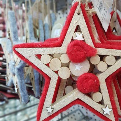 Κόκκινο ξύλινο αστέρι