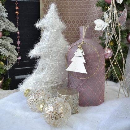 Λευκό δεντράκι με ροζ παστέλ χριστουγεννιάτικο μπουκάλι