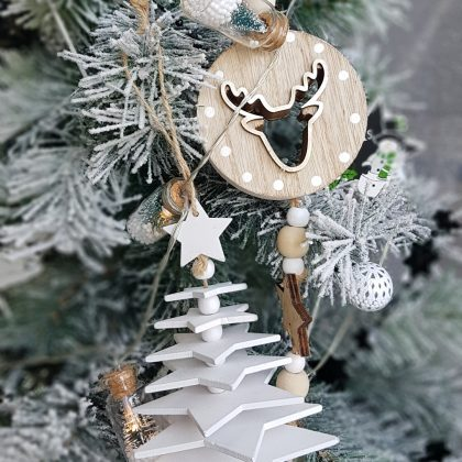 ξύλινα στολίδια για χριστουγεννιάτικες διακοσμήσεις