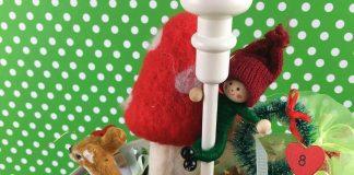 Ημερολόγιο αντίστροφης μέτρησης χριστουγέννων σε τουρτιέρα