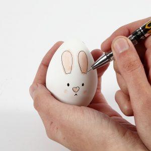 ζωγραφιστό αυγό λαγουδάκι