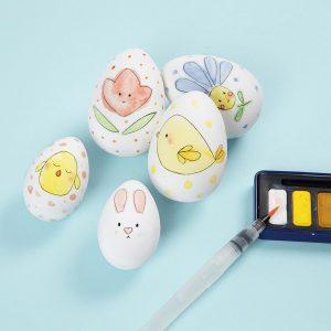 διακοσμητικά πασχαλινά αυγά ζωγραφισμένα στο χέρι