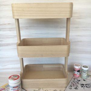 ξύλινη ραφιέρα για ντεκουπάζ σε έπιπλα