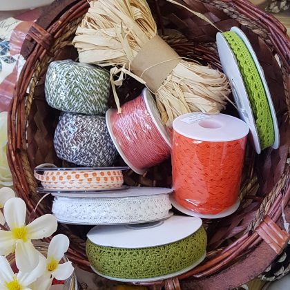 κορδέλες και κορδόνια σε φθινοπωρινά χρώματα